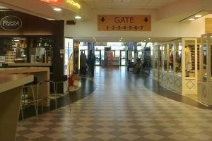 Выход на посадку в аэропорту Пизы