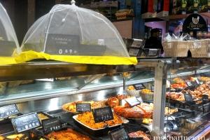 Отдел готовой еды в Carrefour Market